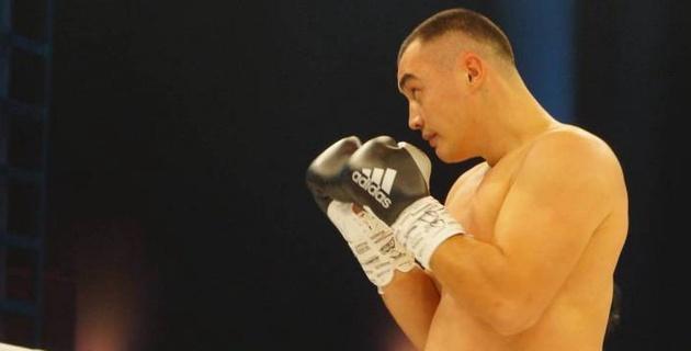 Видео нокаута, или как казахстанский супертяж Кособуцкий победил экс-соперника чемпиона мира