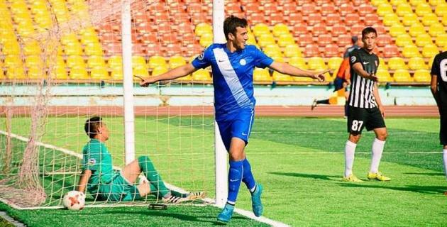 Казахстанский футболист перешел в зарубежный клуб и сыграет в еврокубках