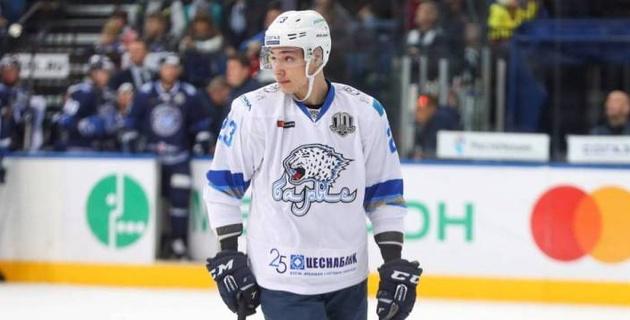 """""""Барыс"""" объявил о подписании контракта с казахстанским хоккеистом"""