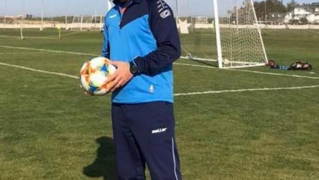 Главный тренер казахстанского футбольного клуба умер на 35-м году жизни