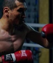 Даурен Елеусинов прошел взвешивание перед боем с мексиканцем за титул WBC в весе Головкина