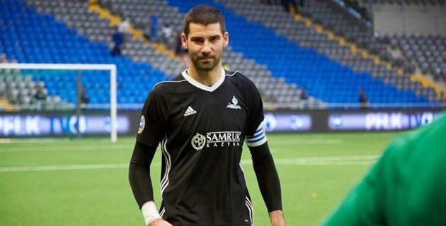"""Вратарь """"Астаны"""" рассказал о конкуренции с Непогодовым, работе с новым тренером и задачах на сезон"""