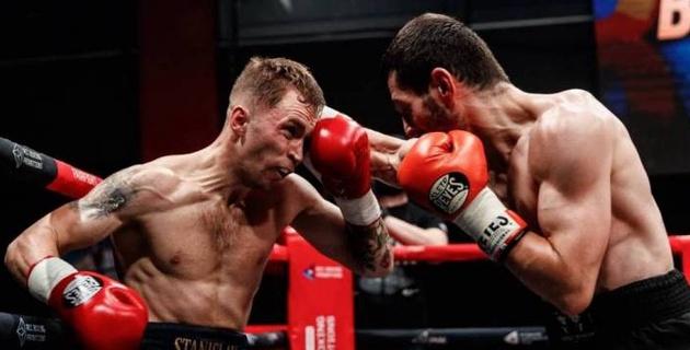Российский боксер встал после нокдауна и сенсационно нокаутировал уроженца Казахстана