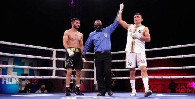 Видео боя, или как чемпион Азии из Казахстана дебютировал в профи с досрочной победы
