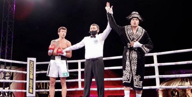 Капитан сборной Казахстана Кункабаев нокаутировал Акбербаева и успешно дебютировал в профи