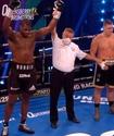 Британский супертяж эффектно нокаутировал соперника после трех нокдаунов