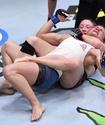 Американка сдалась в первом же бою после поражения от Марии Агаповой в UFC