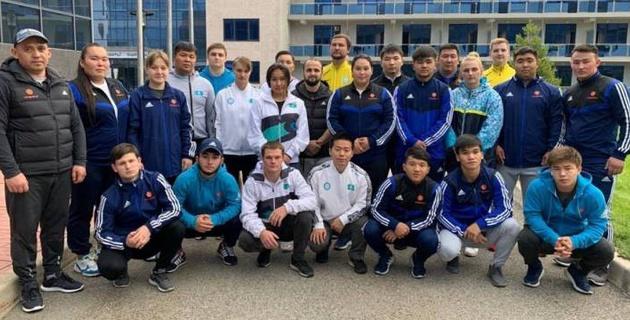 Сборная Казахстана по тяжелой атлетике приступила к сборам и объявила состав
