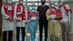 Звезды казахстанского футбола провели акцию в поддержку борьбы с COVID-19