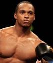 Экс-соперник Ковалева одержал досрочную победу в главном событии вечера бокса