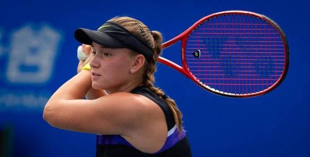 Елена Рыбакина вышла в третий круг турнира WTA в Риме