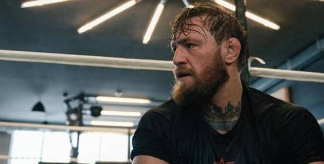 Готовится к бою с Пакьяо? Посмотрите, как Конор МакГрегор тренируется на боксерском ринге