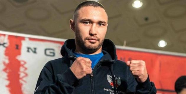 Бой уроженца Казахстана против узбекского боксера за титул чемпиона мира перенесут. Названа причина