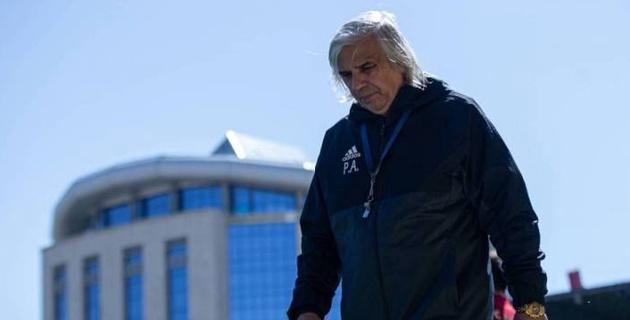 Казахстанский клуб объявил о расставании с главным тренером