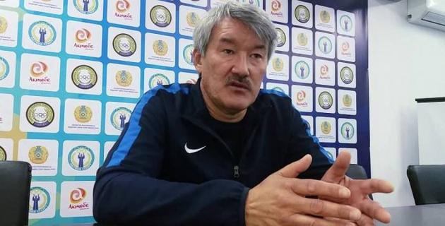 Тренер казахстанского клуба подал в отставку после поражения в чемпионате