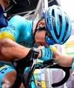 """Капитан """"Астаны"""" избежал серьезных травм после падения на """"Джиро д'Италия-2020"""""""