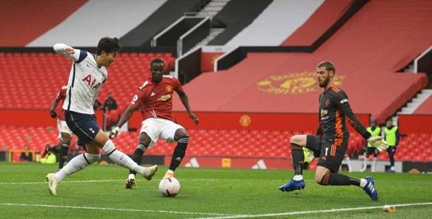 """""""Манчестер Юнайтед"""" с разгромным счетом проиграл матч АПЛ с двумя дублями и удалением"""
