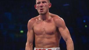 Обязательный претендент на бой с чемпионом в весе Головкина забил соперника в первом раунде