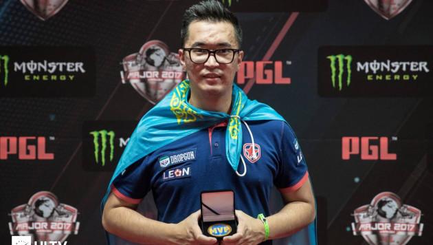 Лучший киберспортсмен Казахстана поделился видео своей игры с новой командой