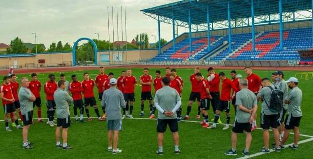 """Дефекты и недочеты? Почему """"Кайсар"""" проводил матч Лиги Европы не на домашнем стадионе в Кызылорде"""