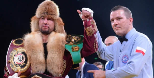 Стали известны сроки боя и возможный соперник казахстанца с титулами от WBC, WBA и WBO