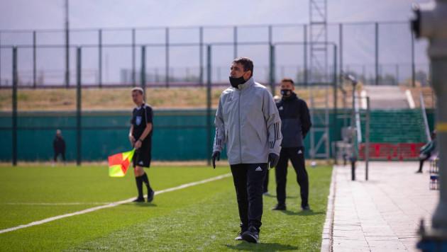 Один из фаворитов первой лиги уволил главного тренера после второго подряд поражения