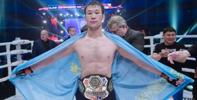 Определилось расписание боев на турнире UFC 254 с участием Рахмонова и Морозова