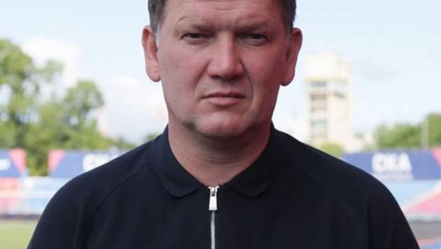 В российском клубе казахстанского футболиста отреагировали на отставку главного тренера