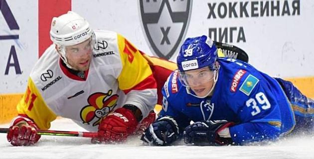 """В """"Барыс"""" сватают форварда из НХЛ. На какой позиции он играет и кого заменит в команде Михайлиса"""