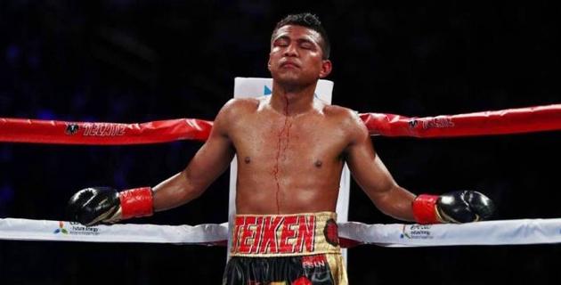 Экс-лидер рейтинга P4P судейским решением отстоял титул против претендента из Мексики