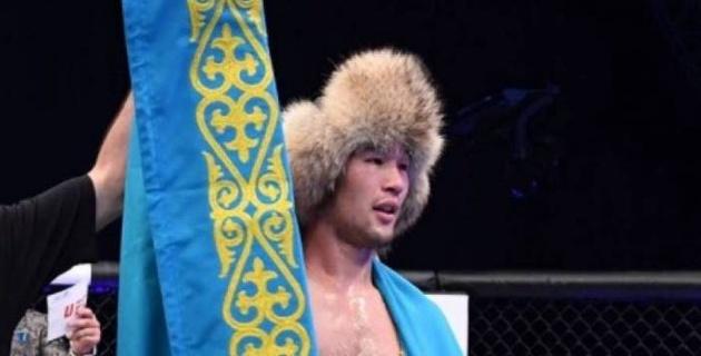 Казахстанец Шавкат Рахмонов заставил соперника сдаться в первом раунде дебютного боя в UFC