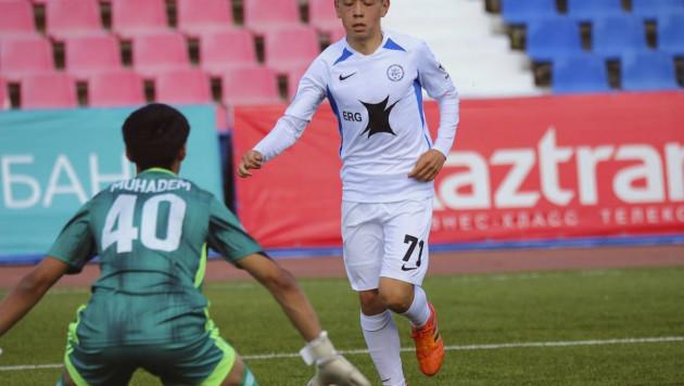 Российский клуб казахстанца был разгромлен в матче с тремя дублями