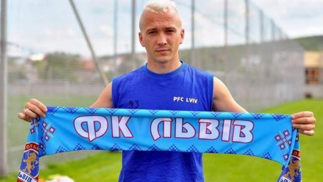 Украинского футболиста отстранили на два года за участие в договорных матчах