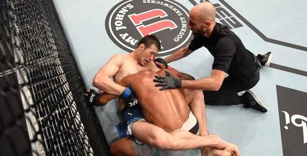 Шавката Рахмонова поздравили в самолете с победным дебютом в UFC