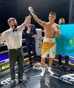Чемпион Азии из Казахстана одержал победу во втором бою в профи