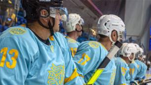 Хоккеисты из Казахстана и Мексики устроили массовую драку на турнире в Дубае