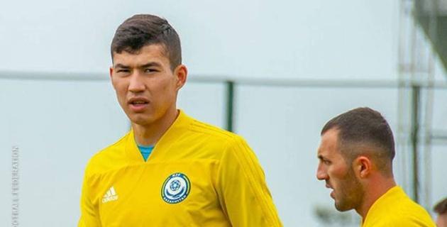 Сборная Казахстана потеряла Зайнутдинова на ближайшие матчи
