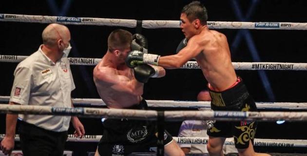 Нокдаун от Кулахмета, или полное видео победного боя казахстанского боксера за титул WBC