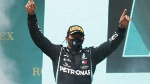 """Хэмилтон в седьмой раз стал чемпионом """"Формулы-1"""" и сравнялся с рекордом Шумахера"""