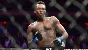 Чемпион UFC выступит на шоу Майк Тайсон - Рой Джонс