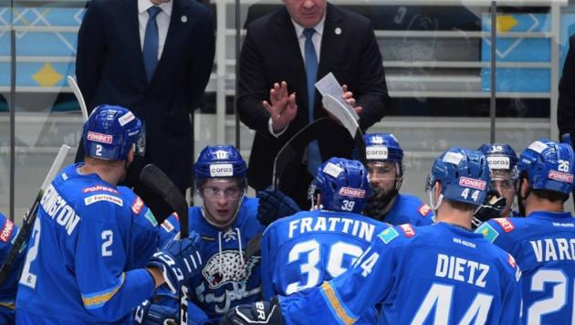"""""""Будем разбираться"""". Михайлис прокомментировал драку между хоккеистами """"Барыса"""" на тренировке"""