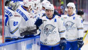 """Битва со СКА и нелепый гол. Как """"Барыс"""" испугался прихода Назарова и удивил результативностью в КХЛ"""