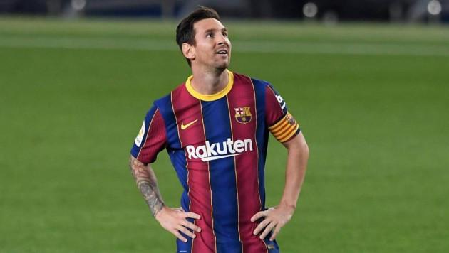 """Стадион """"Камп Ноу"""" в Барселоне могут переименовать в честь Месси"""