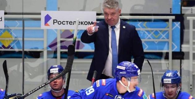 """Им нужно брать Михайлиса. Конкурент """"Барыса"""" проиграл семь матчей и может """"помочь"""" казахстанцам в КХЛ"""