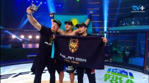 Казахстанец нокаутировал соперника на 27-й секунде боя на турнире Хабиба