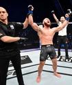 Уроженец Казахстана вырубил бразильца на турнире UFC перед возвращением Фергюсона