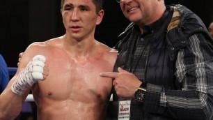 Опубликован постер к бою казахстанского боксера с титулом от WBC против небитого американца