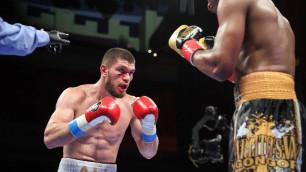 Если бы не нокаут. Али Ахмедов вел по судейским запискам в бою за титул чемпиона мира