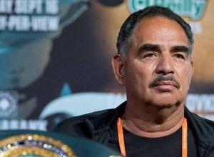 """Абель Санчес назвал боксера, который сможет побить """"Канело"""". И это не Головкин"""