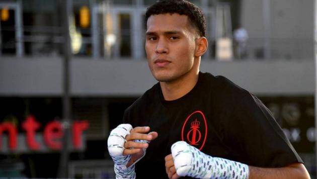 """Спарринговавший с Головкиным боксер захотел подраться с """"Канело"""" и высказался о последних боях мексиканца"""